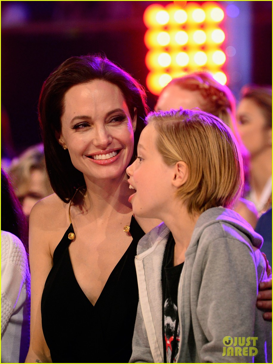 Angelina Jolies Kids Have Best Reaction To Kcas Win Video Photo
