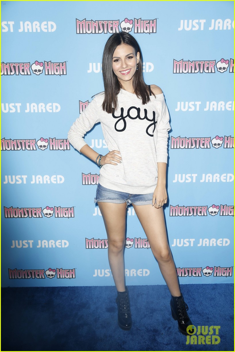 Victoria Justice Has A Victorious Throwback At