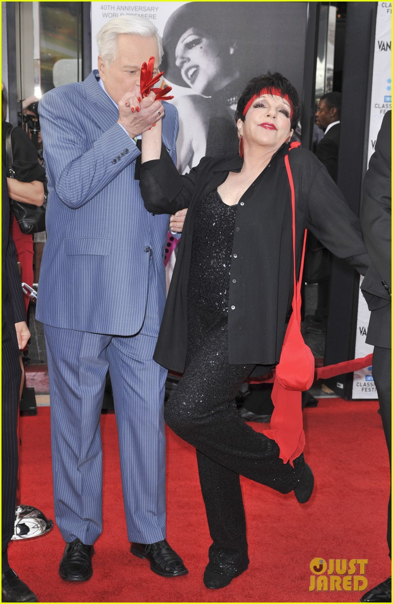 Oscar Winner Liza Minnelli Enters Rehab For Substance Abuse