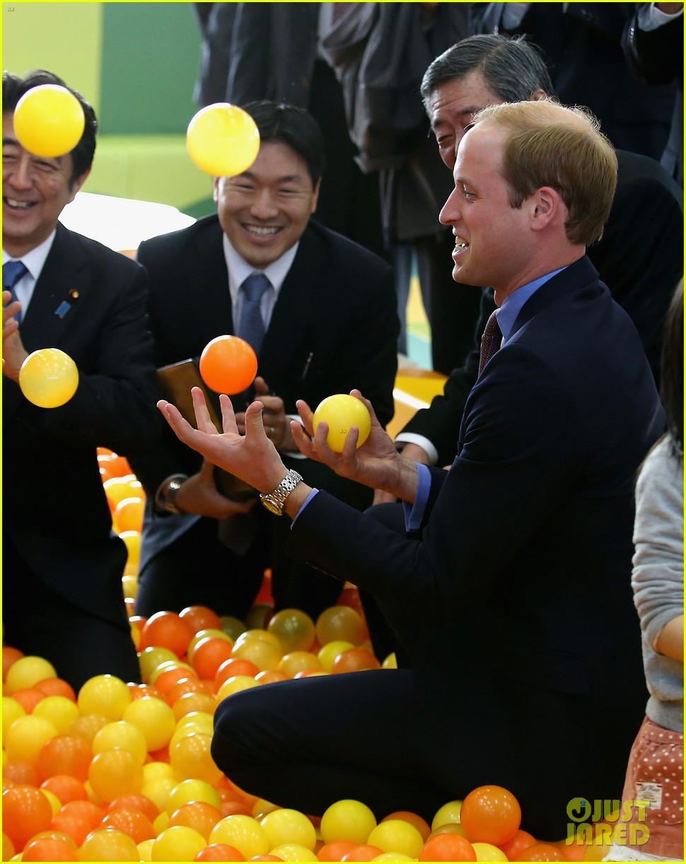 prince william continues japan trip 033316594