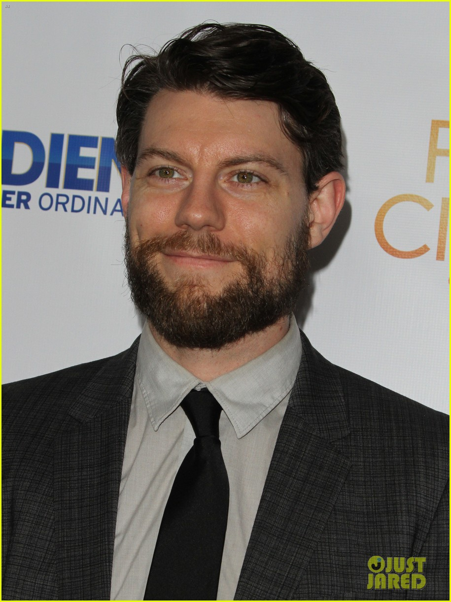 brittany snow patrick fugit reunite with full circle cast 153327752