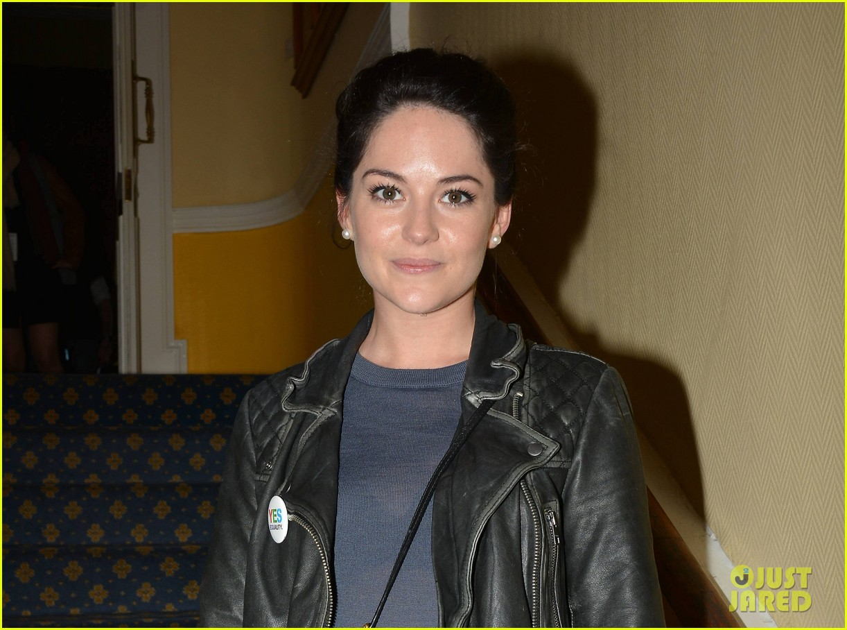 Is a cute Sarah Greene