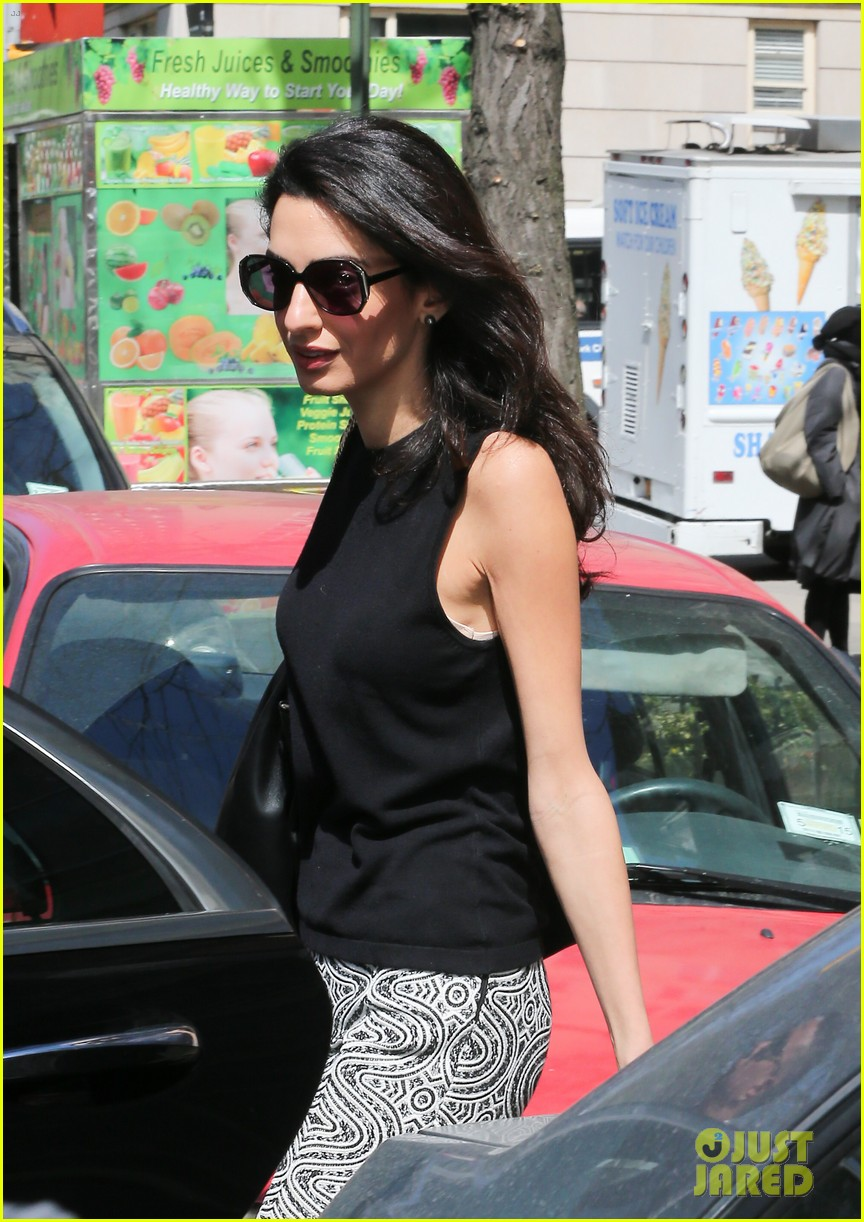 amal clooney warm nyc style 043349022