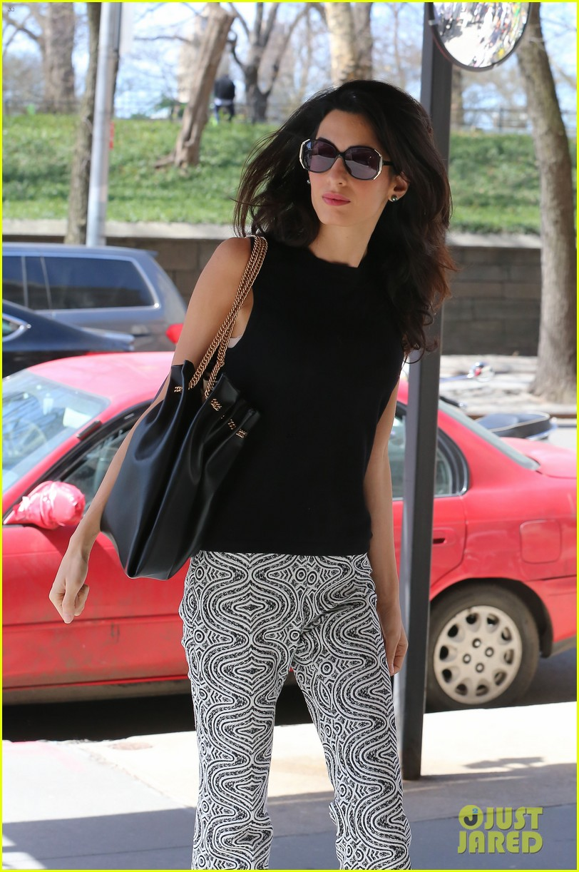 amal clooney warm nyc style 073349025