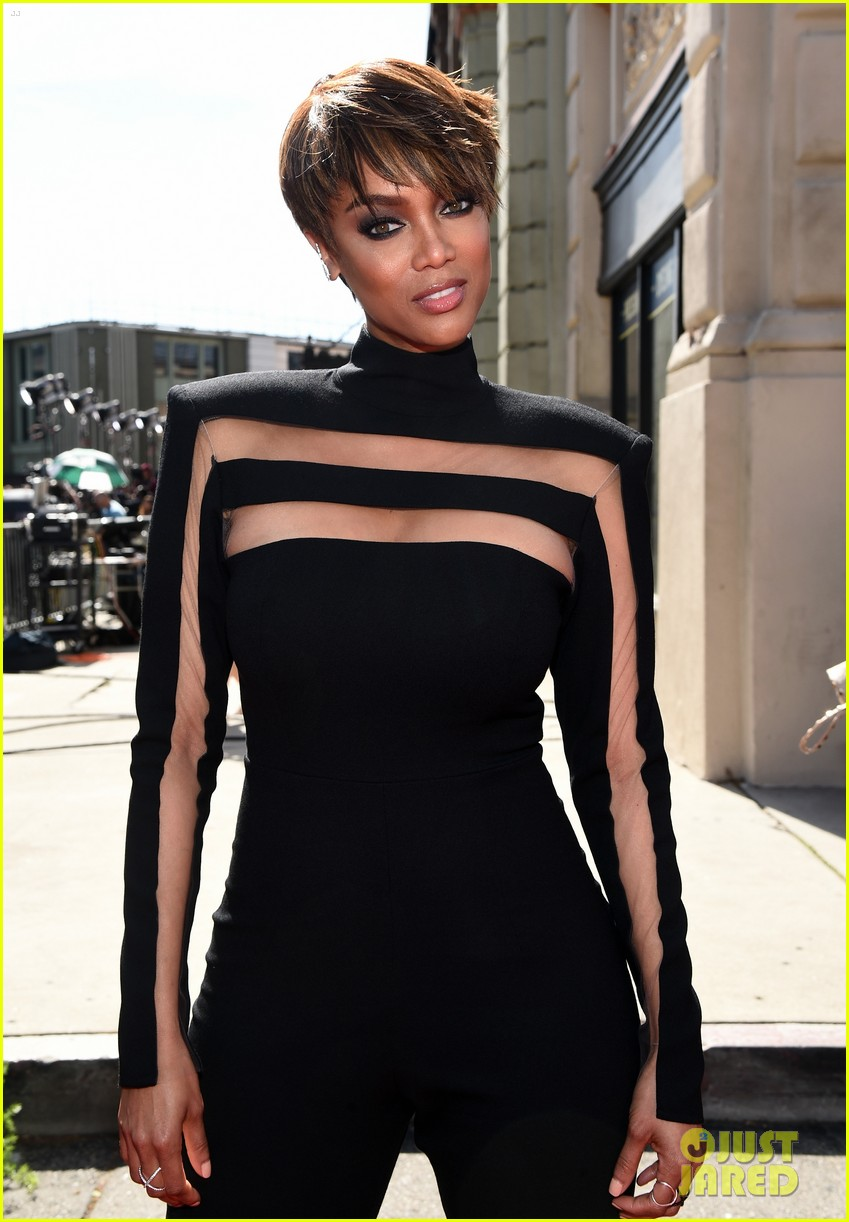 tyra banks giuliana rancic daytime emmy awards 2015 023356200