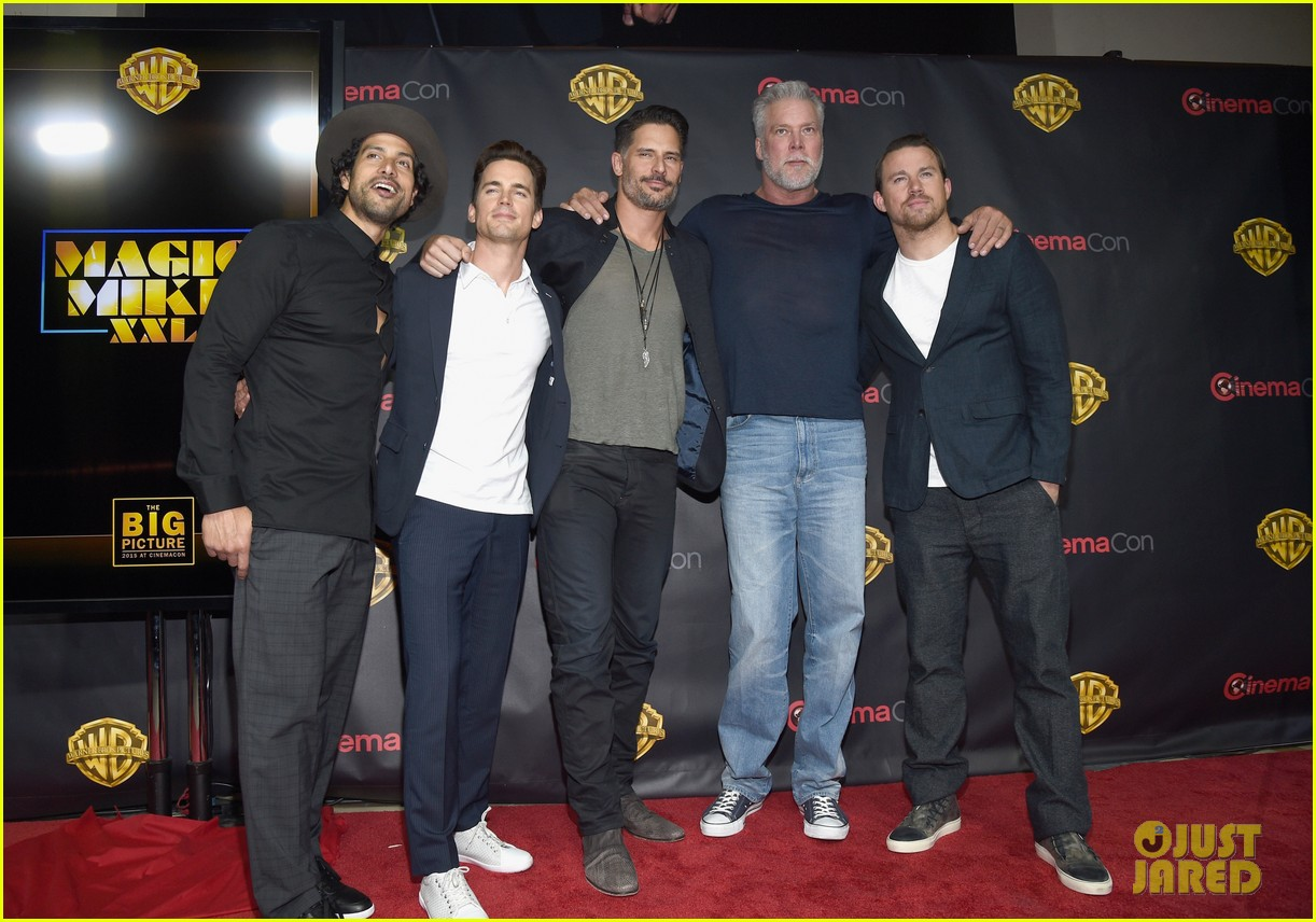 cinemacon basically was hollywoods hot men convention 023352858