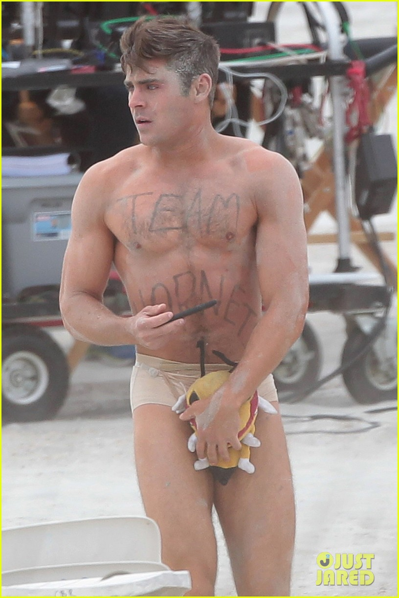 Idea very Shirtless zac efron nude all