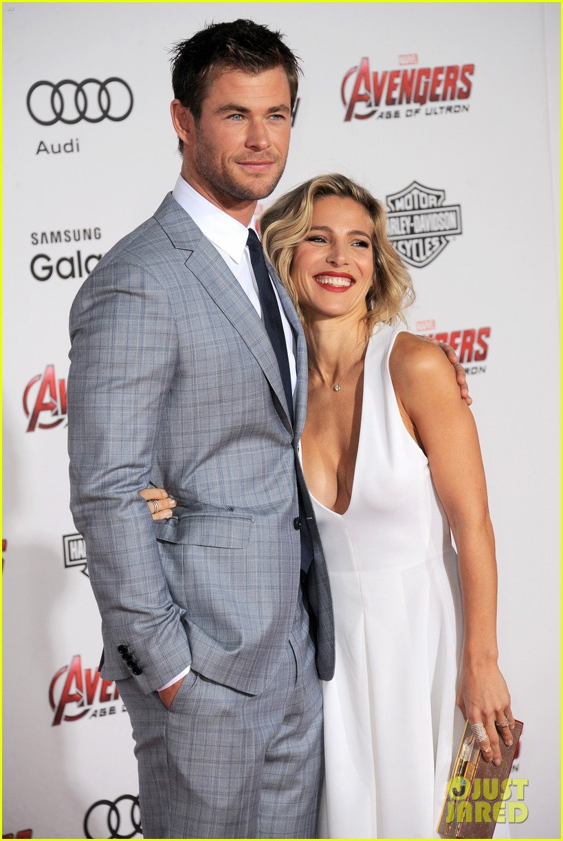 chris hemsworths thor wax figure looks nothing like him 273347190