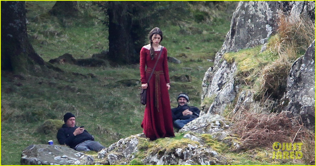 Charlie Hunnam Films Knights Of The Roundtable In Wales