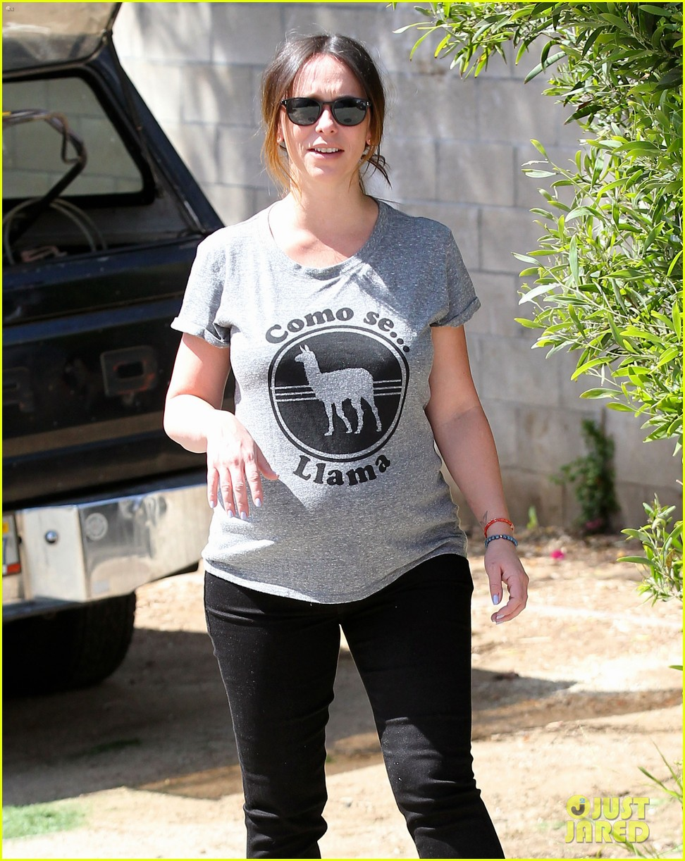 jennifer love hewitt baby bump cute tee 233343633
