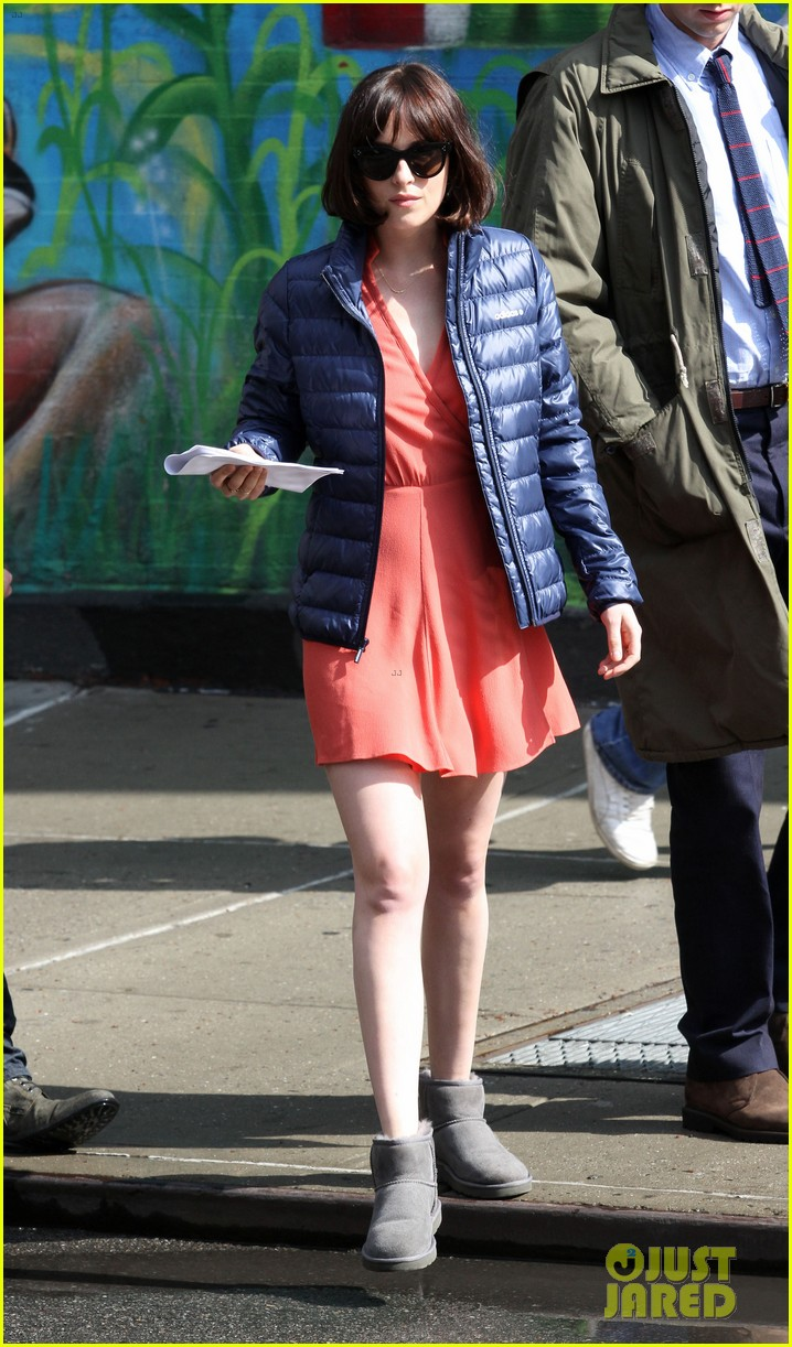 dakota johnson cuddles up to nicholas braun 053354213