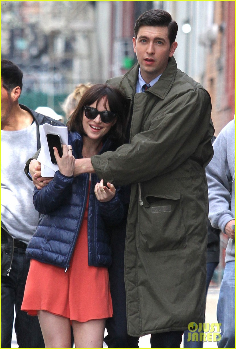 dakota johnson cuddles up to nicholas braun 273354235