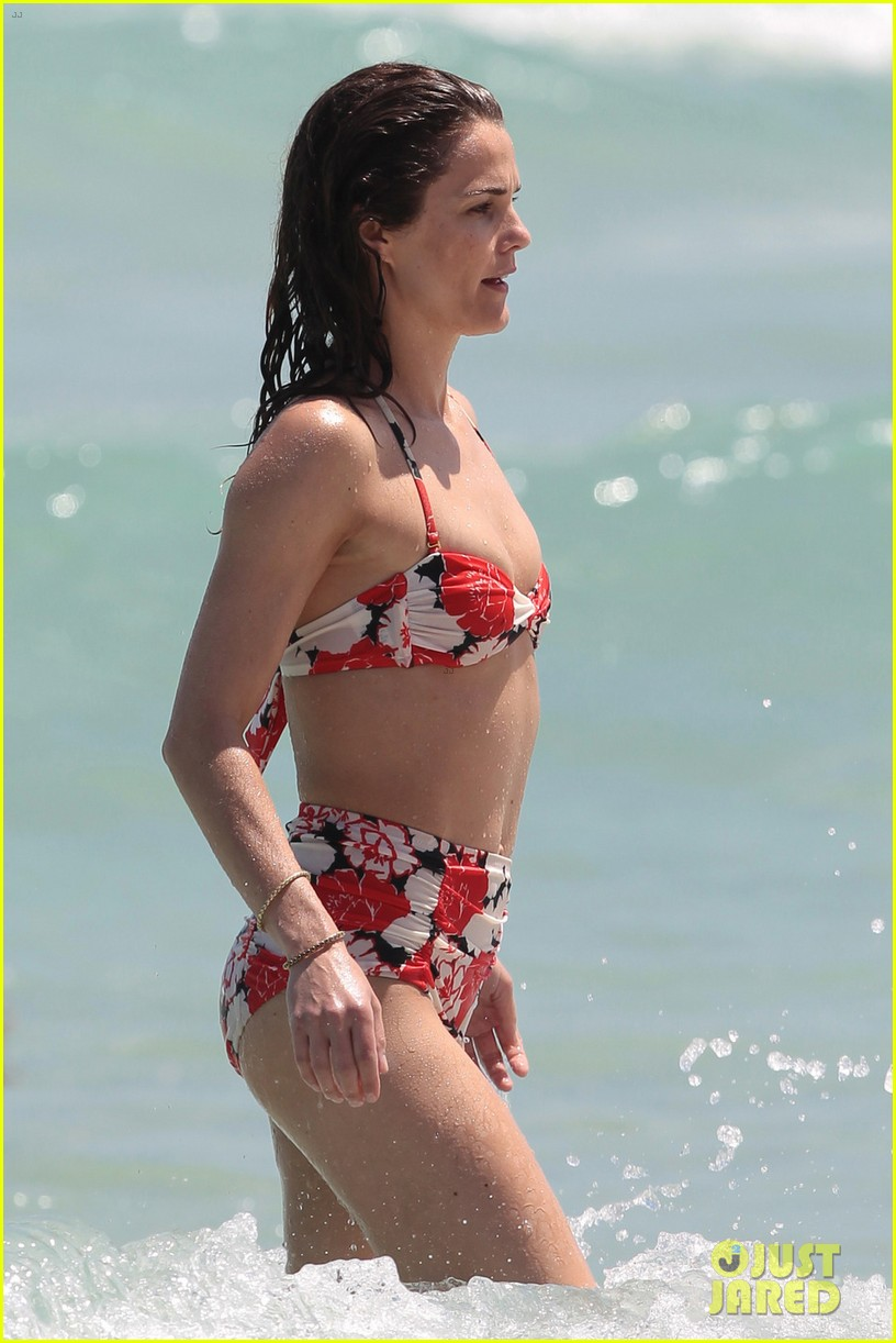 Kerri russel bikini remarkable
