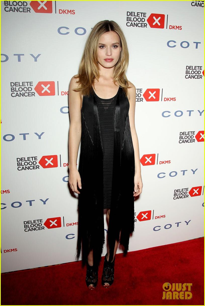 Kesha & Peyton List Dress Up for Delete Blood Cancer Gala 2015 ... on