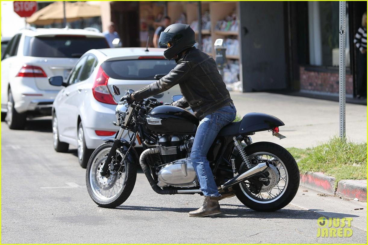 taylor kitsch shows off his biker bad boy side 103338788