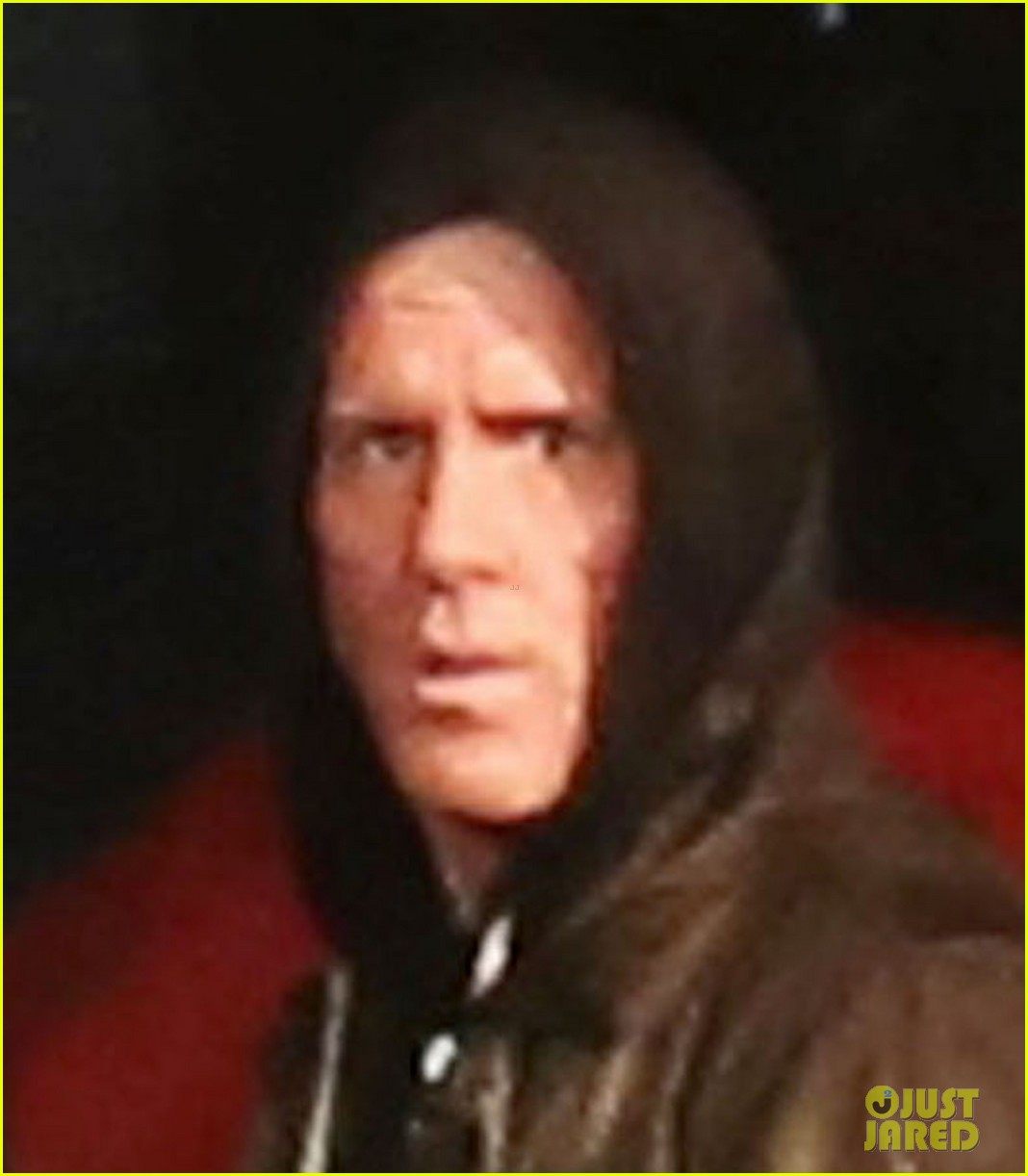 ryan reynolds gets down dirty on deadpool movie set 113339001