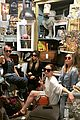 nicole richie treats herself to a antique road show sunday 02