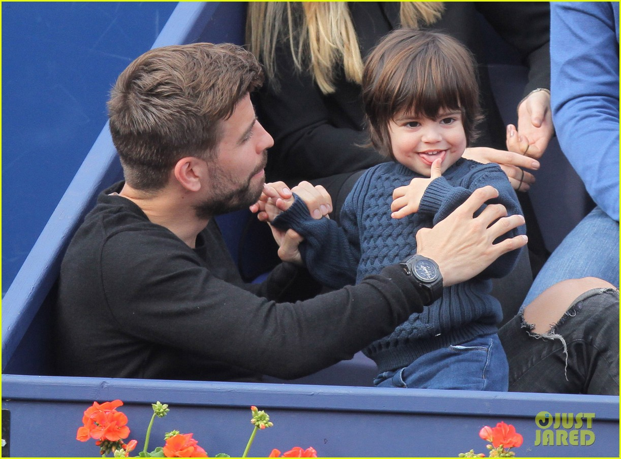 shakira gerard pique bring milan to watch tennis 053356162