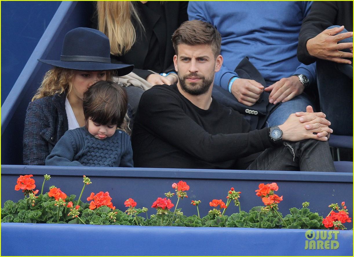 shakira gerard pique bring milan to watch tennis 083356165