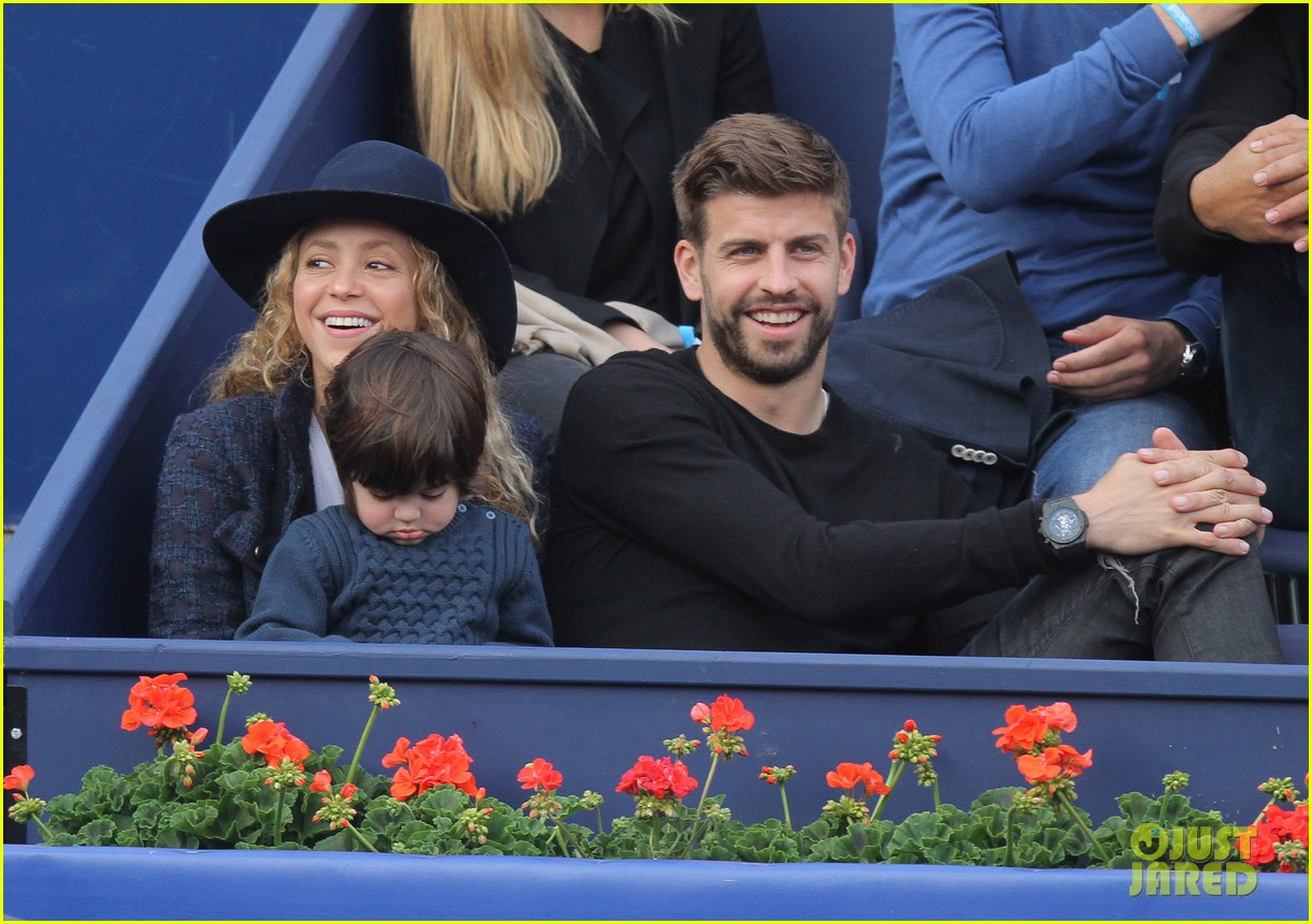 shakira gerard pique bring milan to watch tennis 113356168