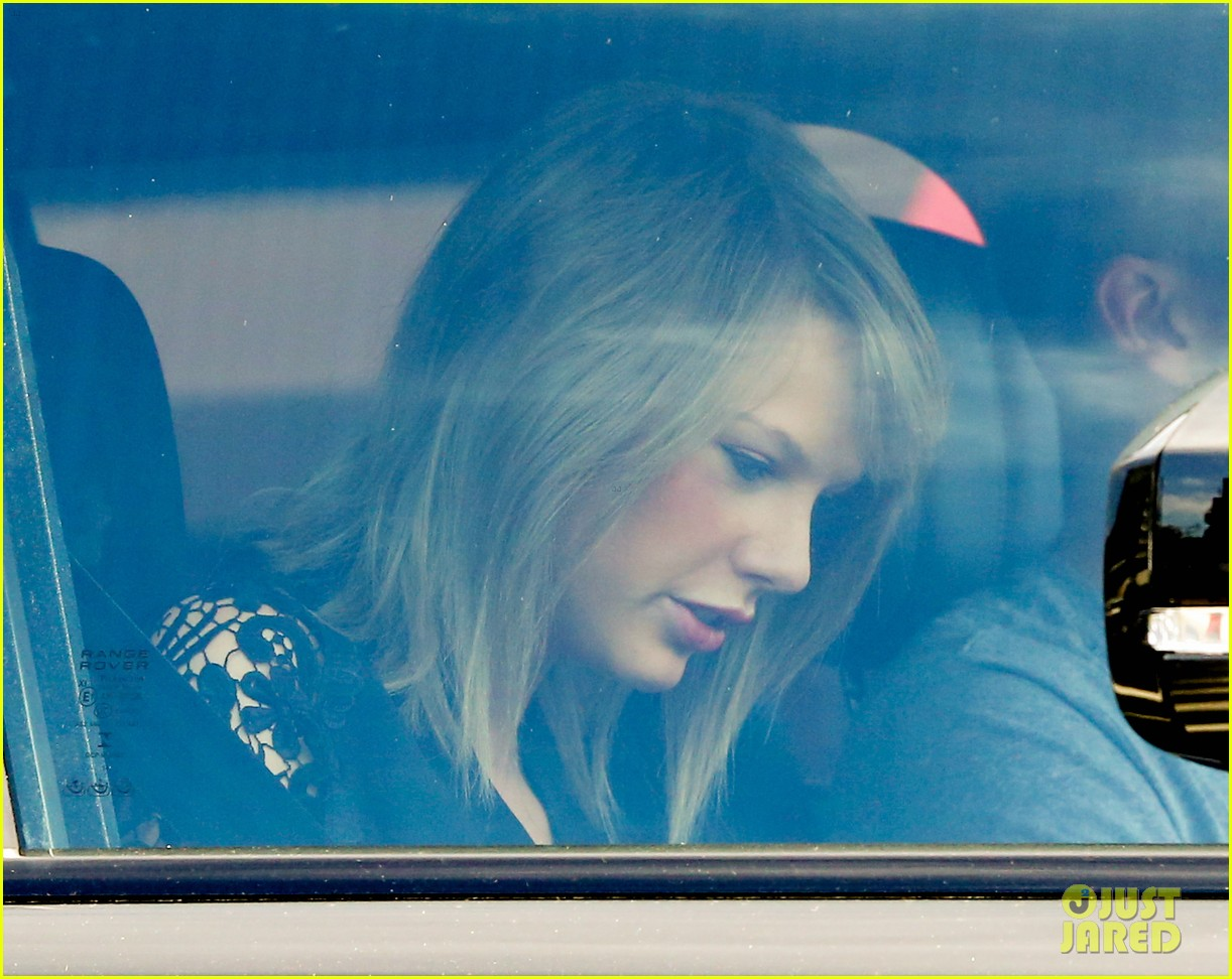 taylor swift calvin harris pictured leaving her house 01