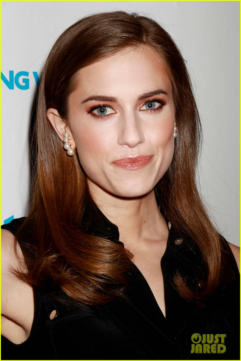 allison williams girls cast are groundbreakers 173353849