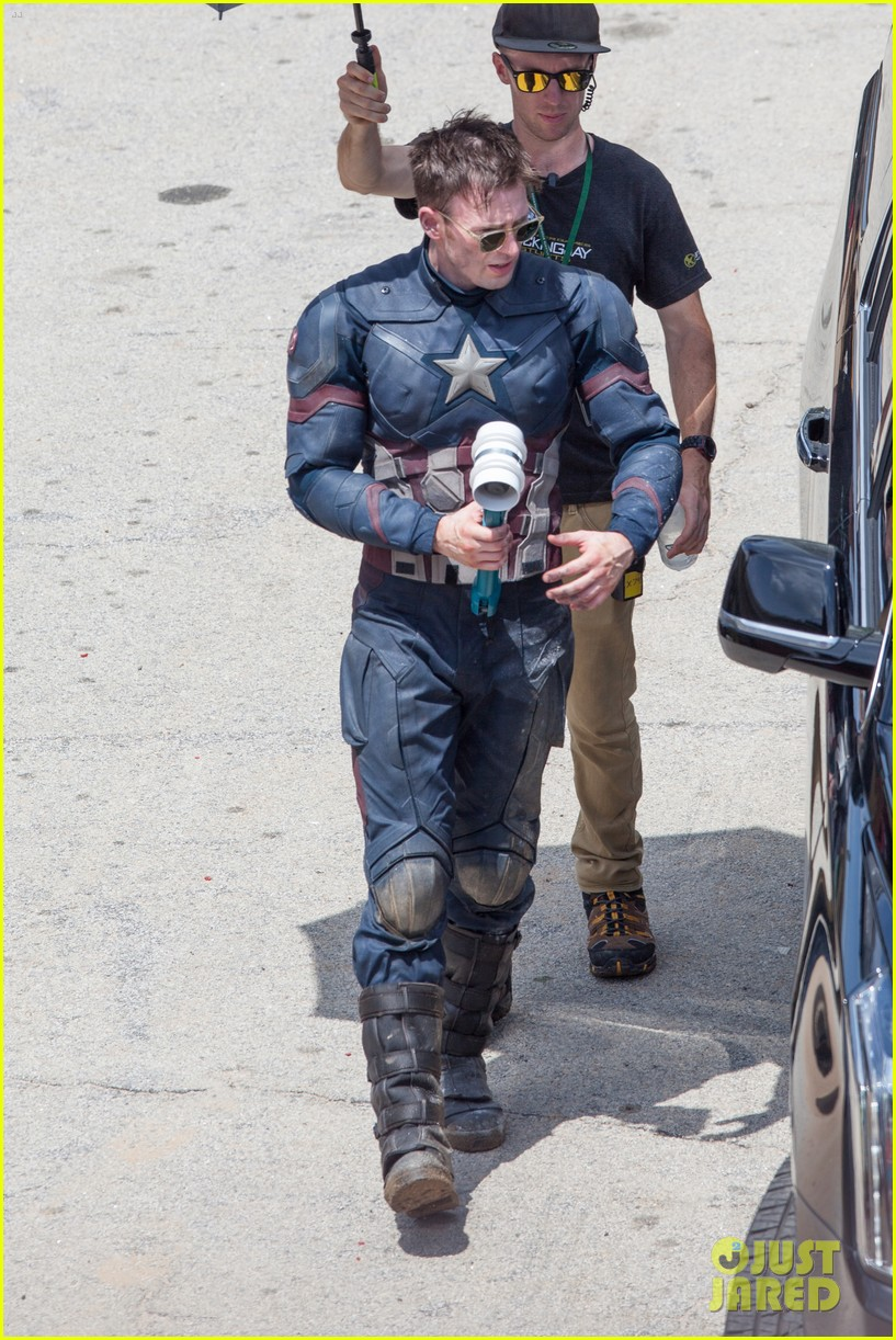 Franchise Marvel/Disney #3 Captain-america-civil-war-cast-had-great-time-on-set-03
