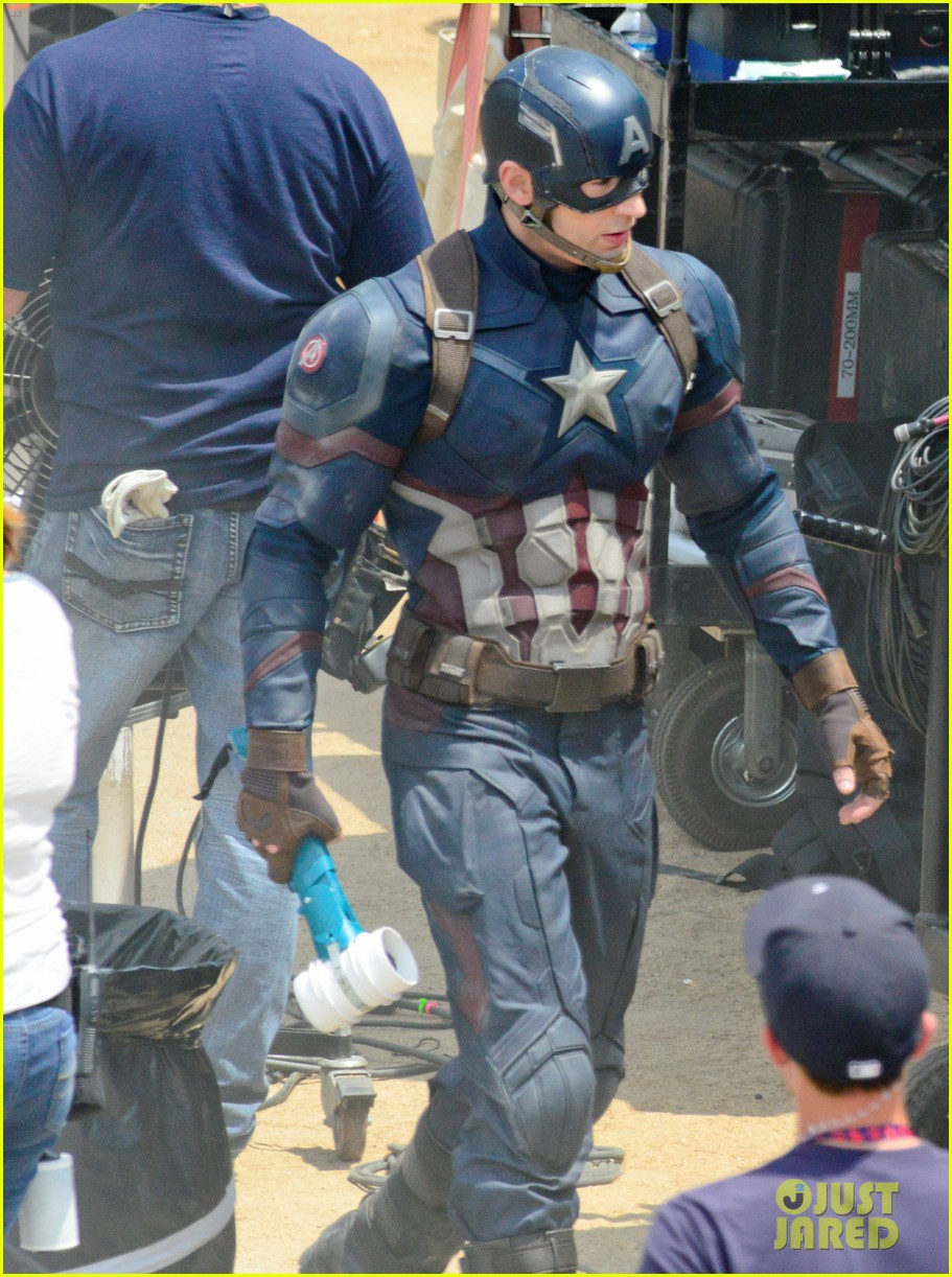 captain americas new weapon is a enter our poll 033370673