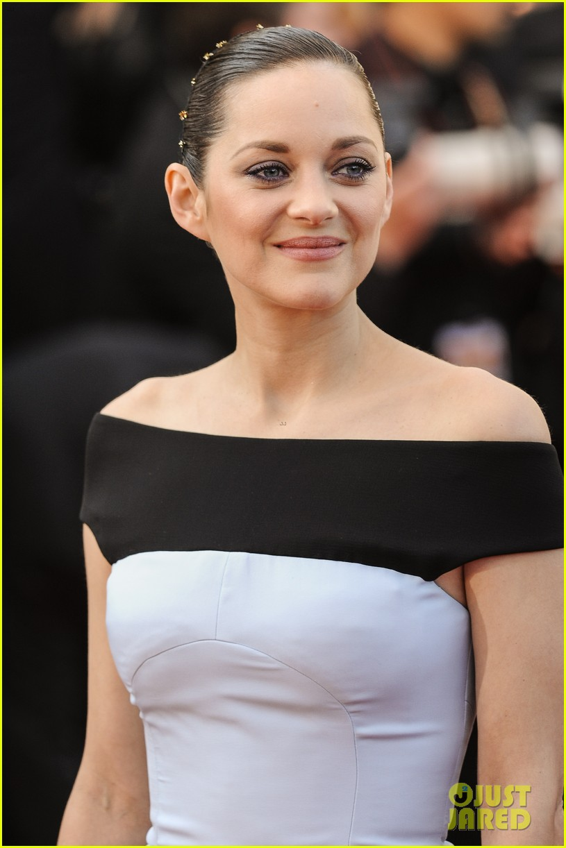 marion cotillard looks stunning at little prince cannes premiere 023376386