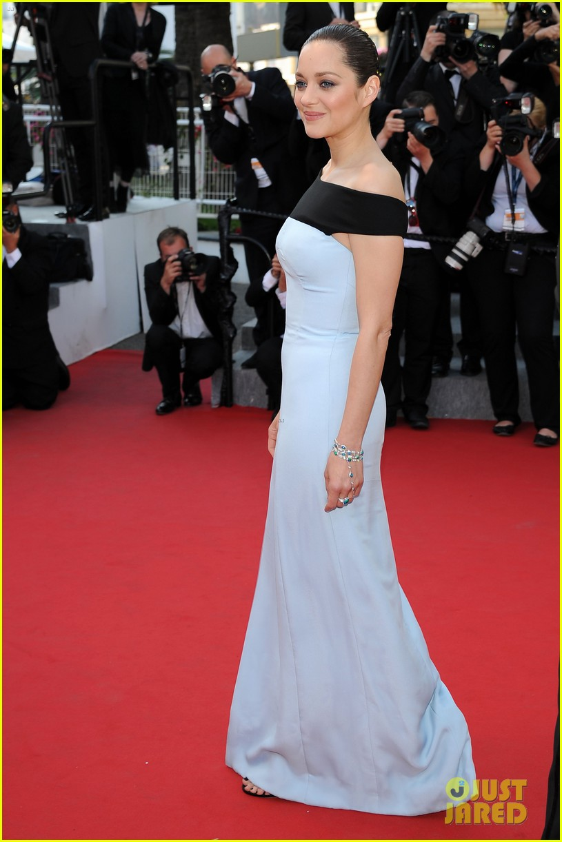 marion cotillard looks stunning at little prince cannes premiere 103376394