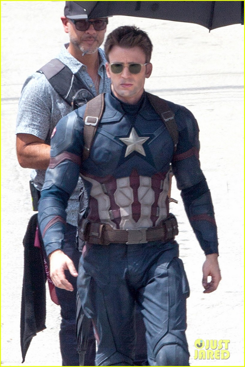 chris evans anthony mackie get to action captain america civil war 023370430