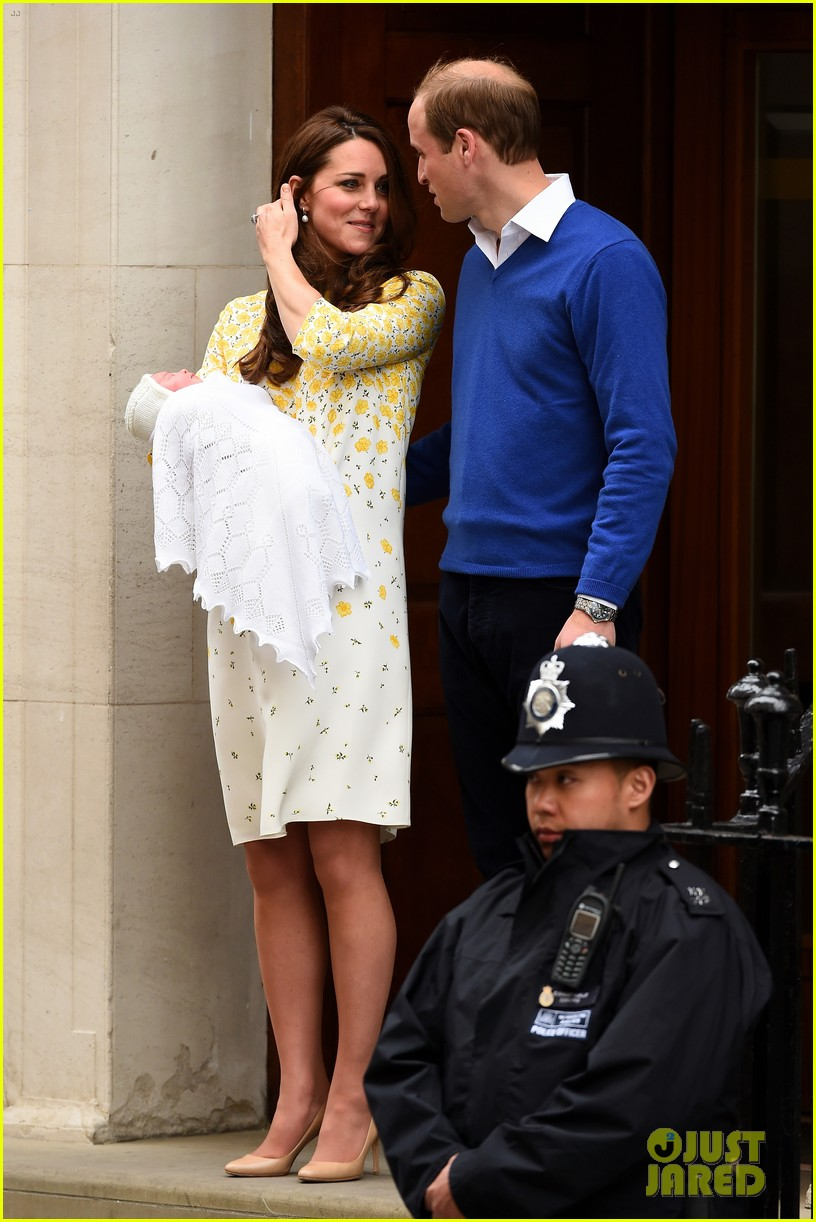 royal baby girl first appearance with kate middleton prince william 113361755