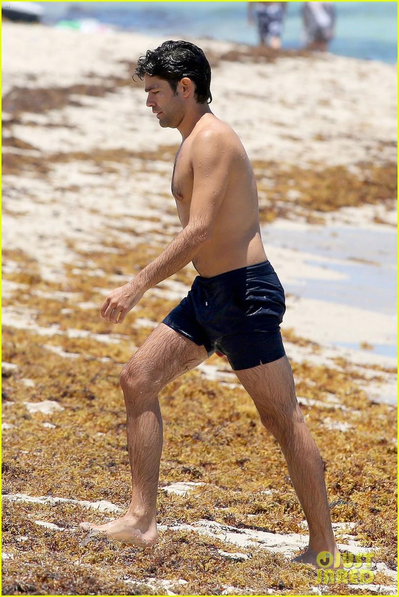 Shirtless Adrian Grenier Hits Miami Beach Before