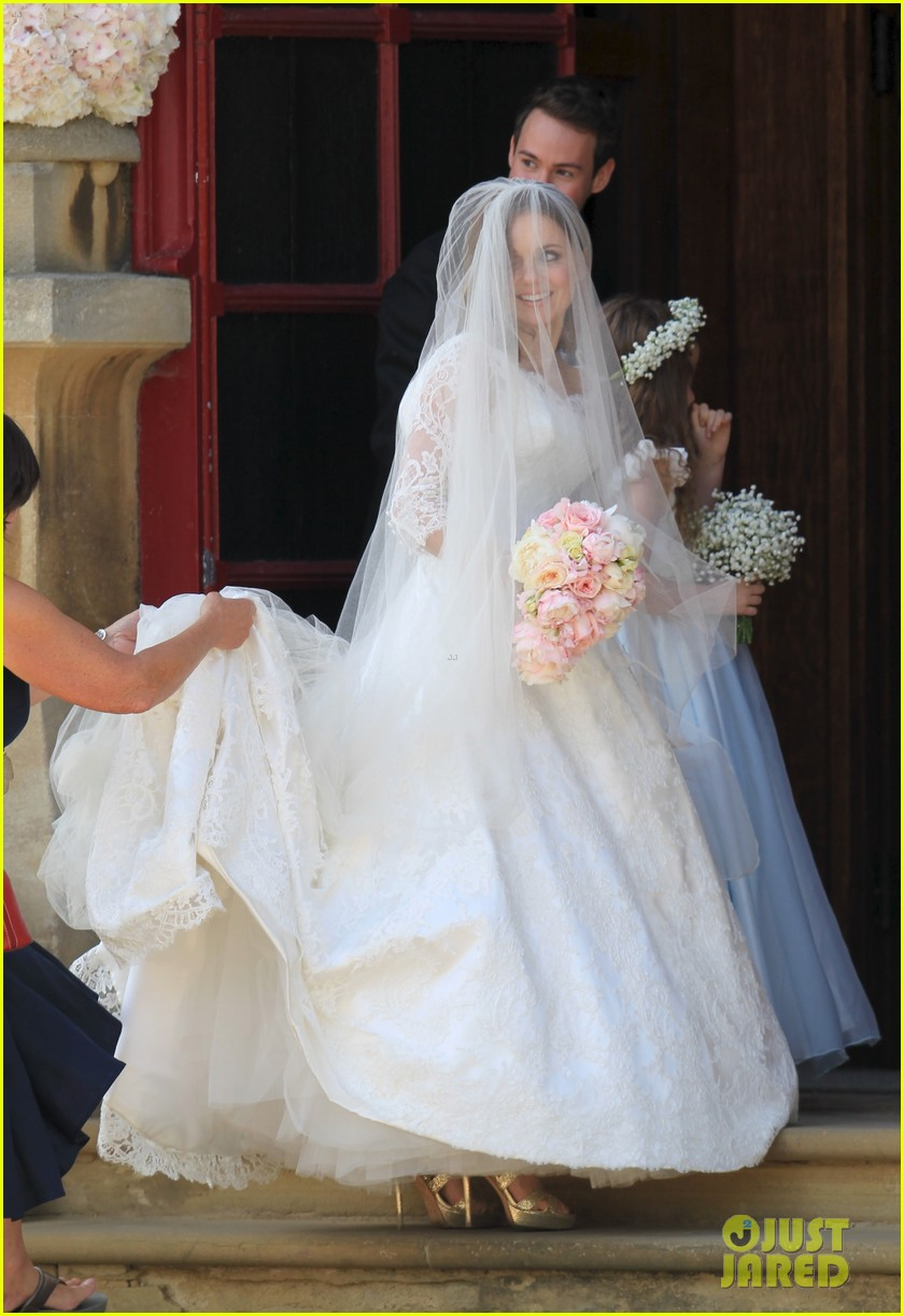 geri halliwell is married spice girls wedding photos 063370384
