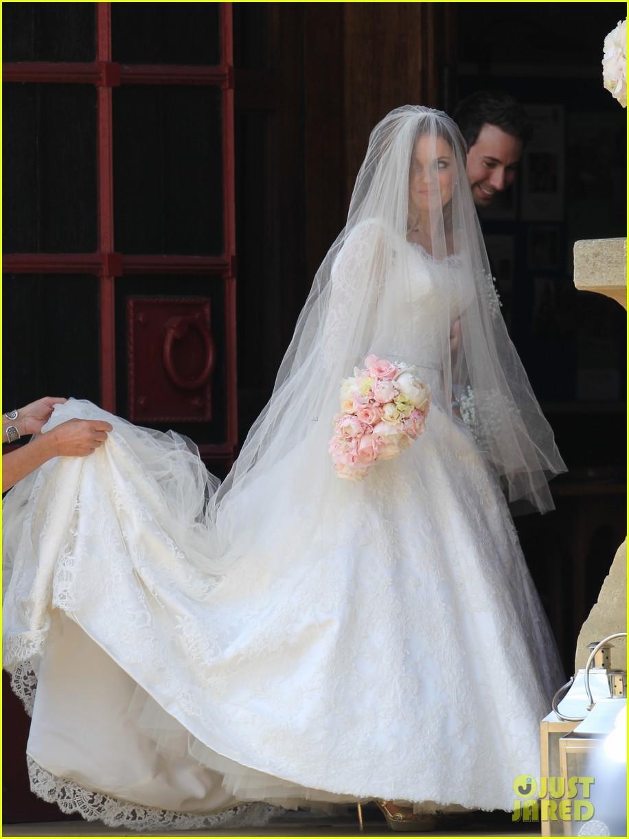 geri halliwell is married spice girls wedding photos 073370385
