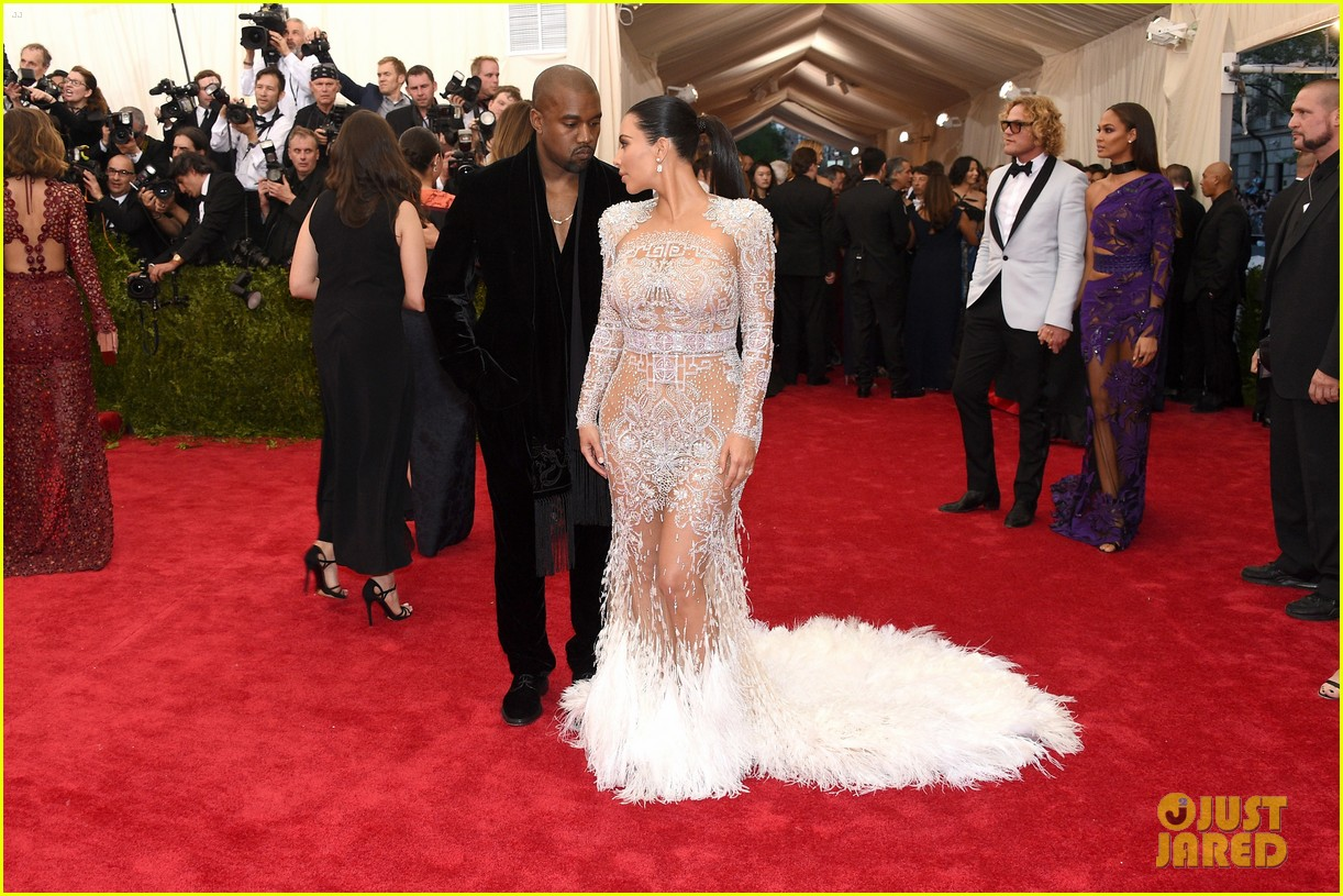 kim kardashians met gala 2015 dress was inspired by cher 093363190