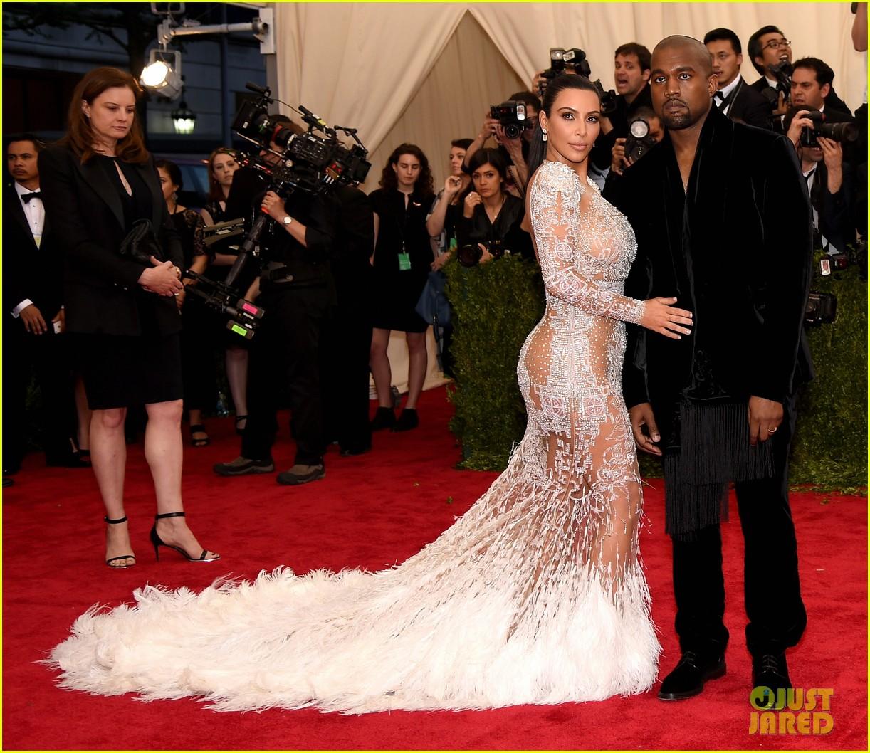 kim kardashians met gala 2015 dress was inspired by cher 163363197