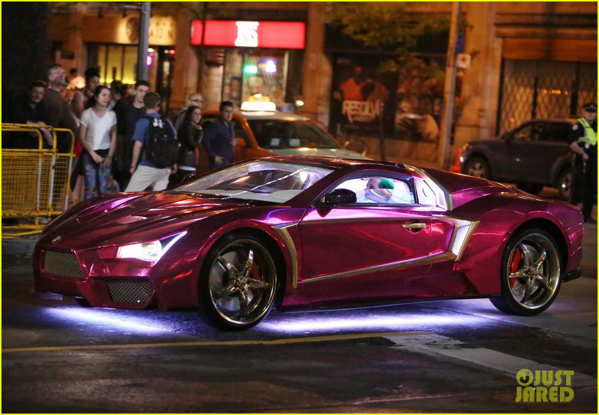 Jared Leto Margot Robbies Stunt Doubles Film Cool New Suicide - Cool new cars