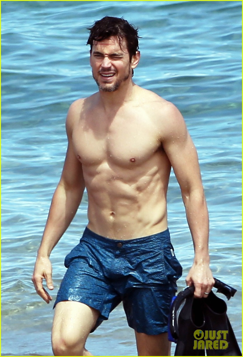 Matt Bomer Shows Off S...
