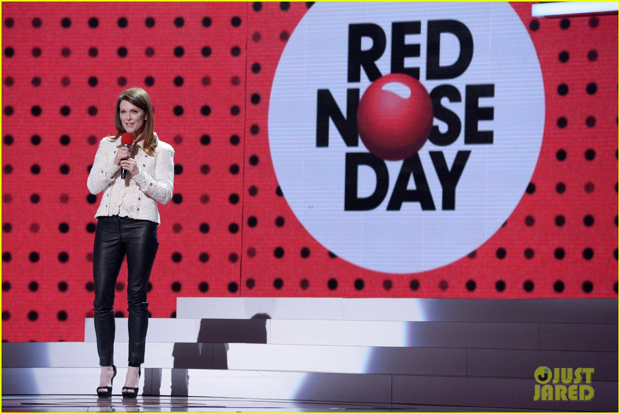 julianne moore olivia wilde are red nose day presenters 083375817