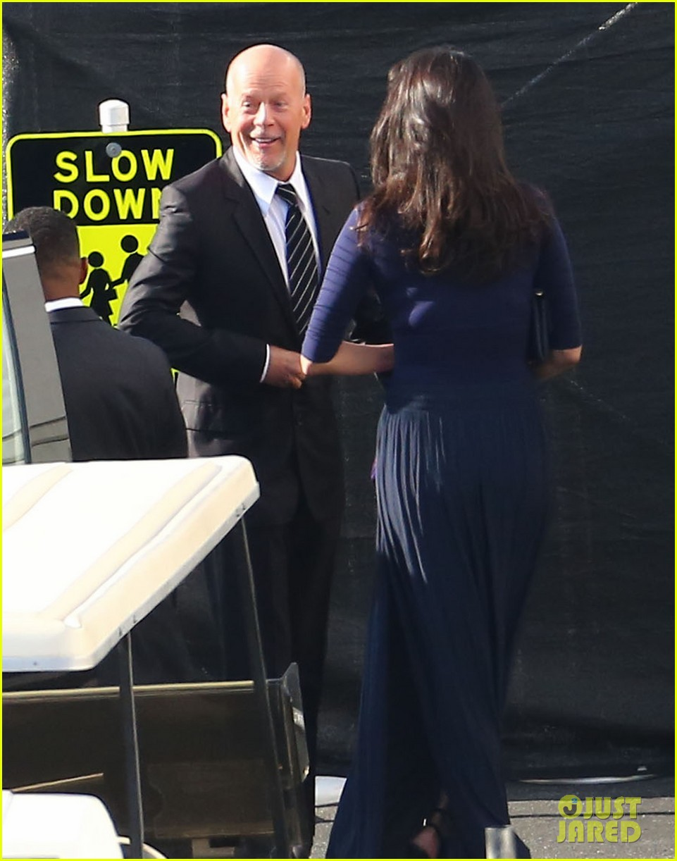 demi moore bruce willis celebrate rumers dancing win 223374079