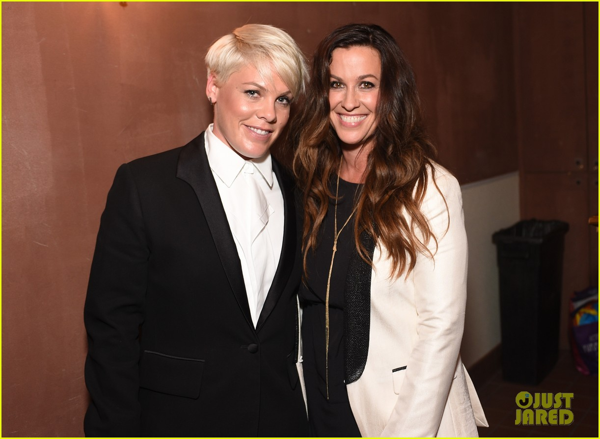 Alanis Morissette Performs At Elle S Women In Music Event With