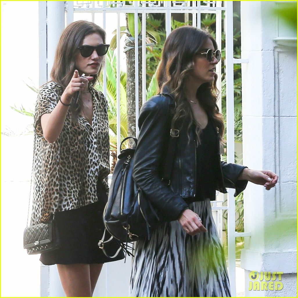 nikki reed phoebe tonkin have a girls day out in rio 043361030