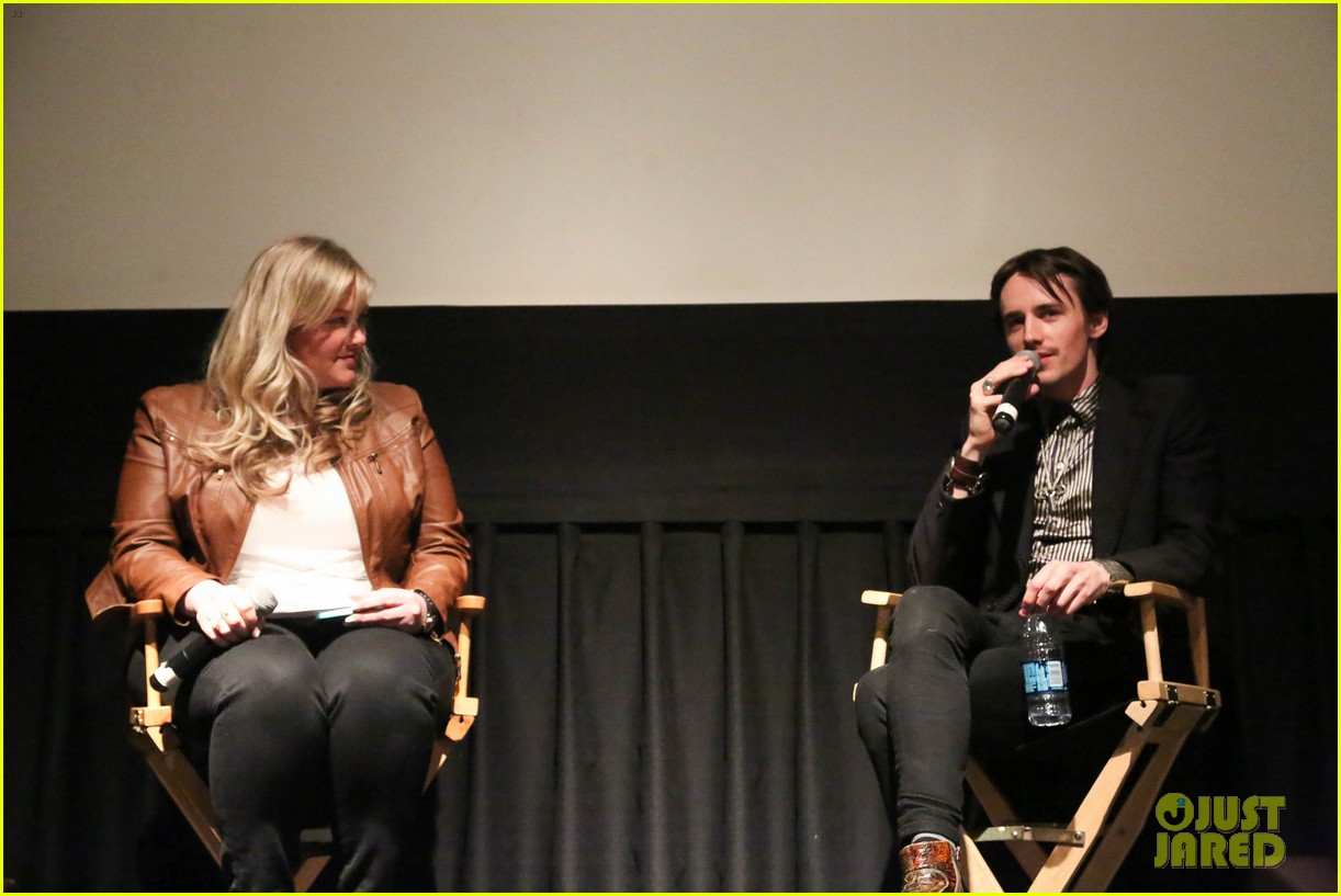 reeve carney penny dreadful season 2 nyc 143359668