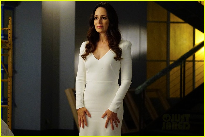 revenge exec opens up about series finale shockers 123372188