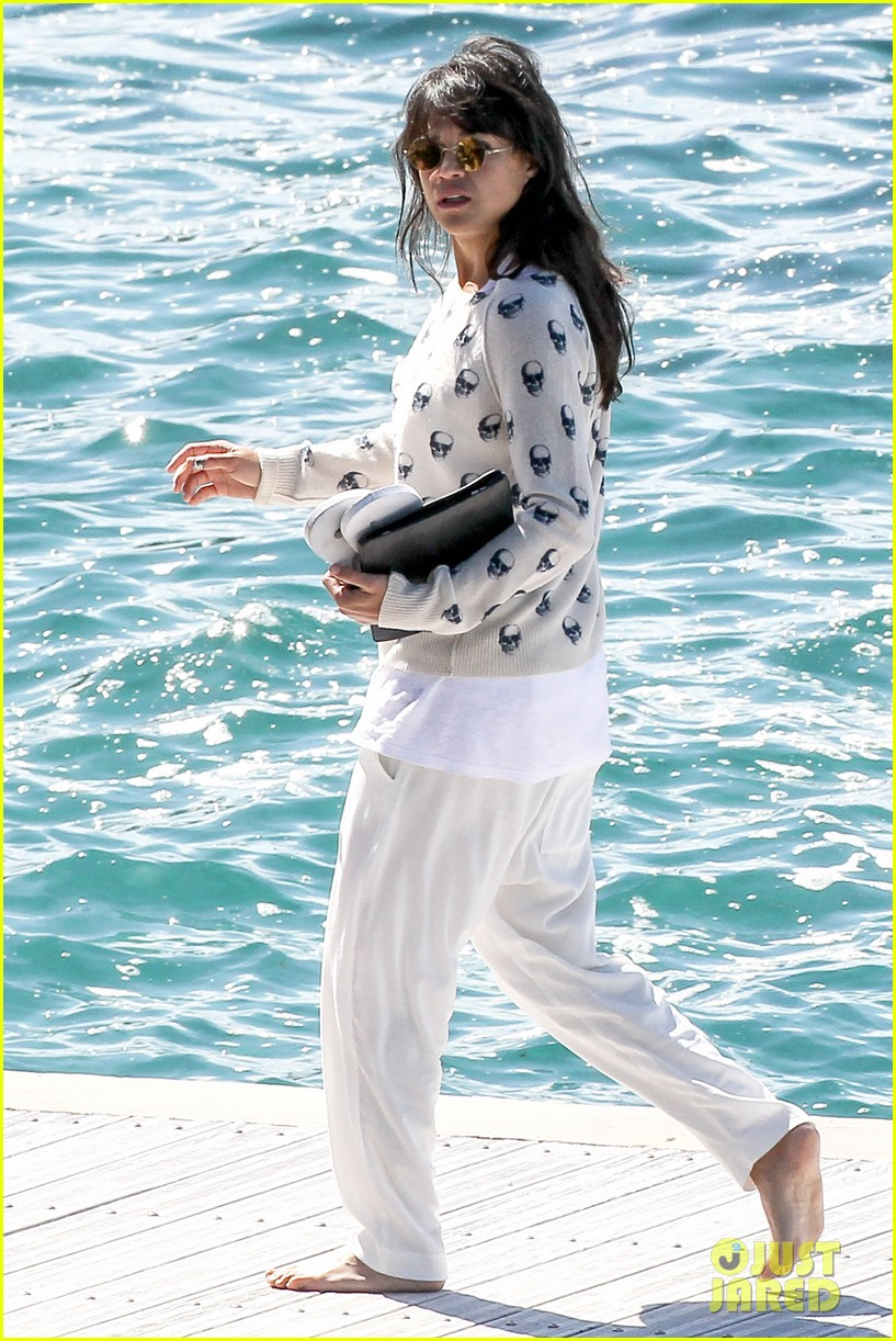 michelle rodriguez hits cannes red carpet one last time 033377518