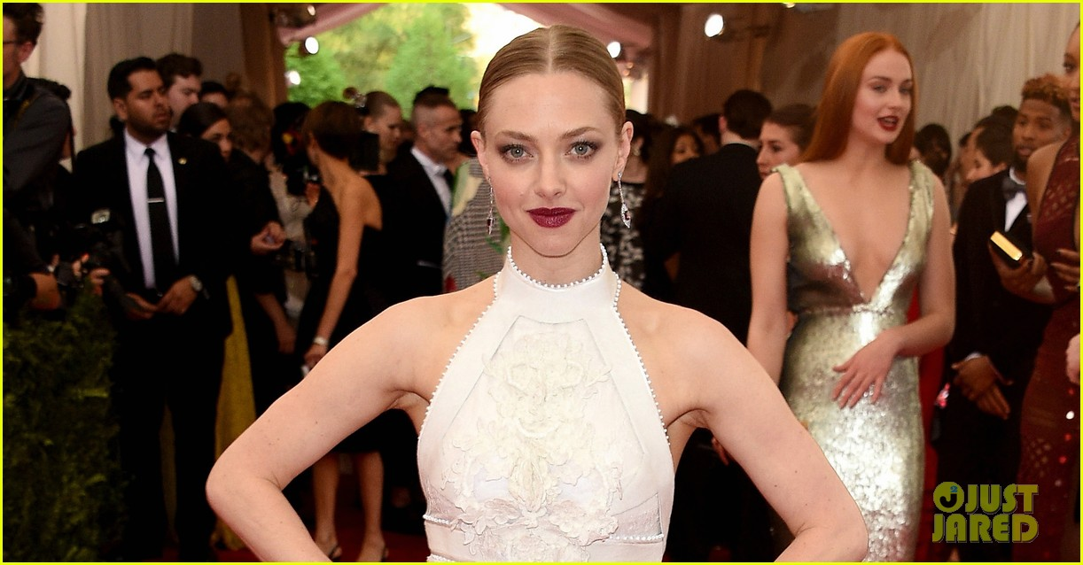 amanda seyfried justin long met gala 2015 023362520