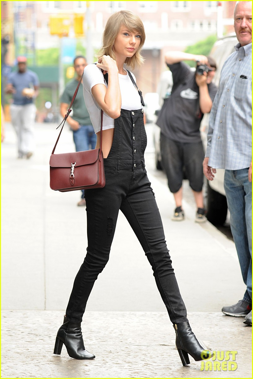 taylor swift wears crop top with overalls 283380151