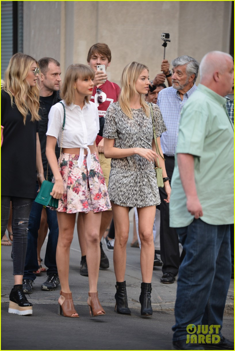 taylor swift accepts her not overly sexy public image 113381451