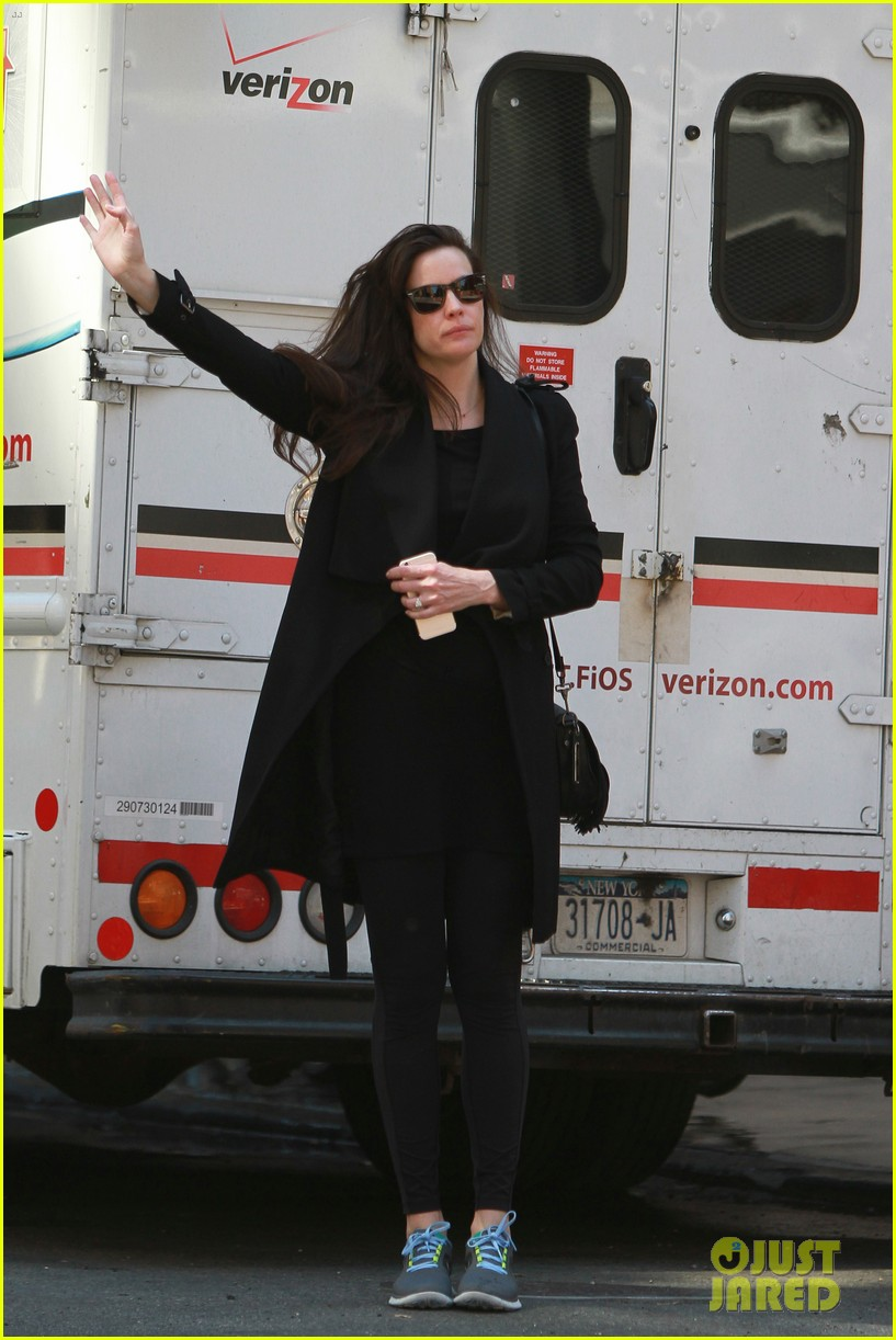 liv tyler sings with dad steven tyler in cool new video 013377165